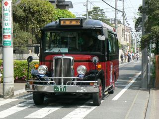 P12200685